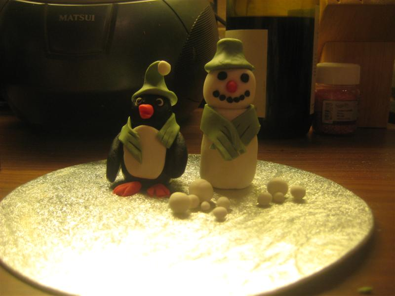 Penguin and Snowman Sugarpaste Figures