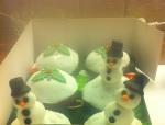 SnowmanCupcakes3